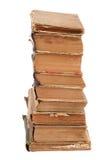 Gestapelte alte Bücher der unterschiedlichen Form und der Farbe Stockfoto