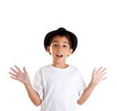 Geste de garçon avec le chapeau noir d'isolement sur le blanc Image stock