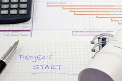Gestión del proyecto - hojas de operación (planning) de proyecto de construcción Imagenes de archivo