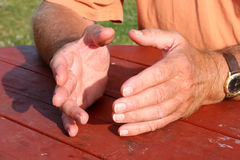 Gesticulando as mãos Imagem de Stock