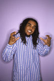 Gesticular do homem do African-American. fotos de stock