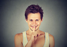 Gesticular do homem silencioso quiet Foto de Stock Royalty Free