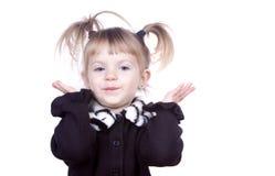 Gesticulation mignonne de petite fille Image stock