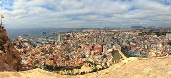 Gestikt panorama van Alicante, Spanje Stock Foto