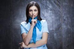 Gestikulieren der weißen Frau Stockfoto