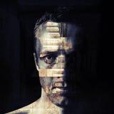Gestileerd close-upportret van grungy mens Stock Afbeeldingen
