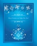 Gestileerde Kerstboom met klatergoud en sneeuwvlokken De kaart van de groet Royalty-vrije Stock Afbeeldingen