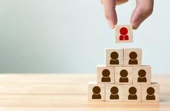 Gestion de ressource humaine et concept d'affaires de recrutement, main Photo libre de droits