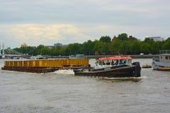 Gestione dei rifiuti del fiume Fotografia Stock Libera da Diritti