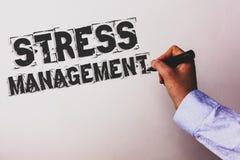 Gestione dello stress del testo della scrittura I consulenti di sanità della positività di rilassamento di terapia di meditazione Fotografia Stock Libera da Diritti