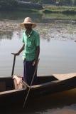 Gestionnaire de bateau de pays Photographie stock