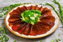 Gestoßenes Rindfleisch Fleisch Carpaccio Stockfotos