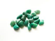 Gestolperte aventurine Steine für Kristalltherapie Behandlungen und rei stockbilder
