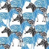 Gestreept hand getrokken patroon Zwart en blauw die voorwerp op wit wordt geïsoleerd Stock Fotografie