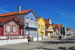 Gestreepte gekleurde huizen, Costa Nova, Beira Litoral, Portugal, Eur Stock Afbeeldingen