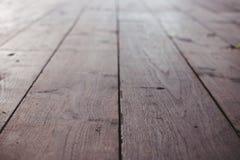 Gestreepte houten de textuurachtergrond van de vloer selectieve nadruk Stock Afbeelding