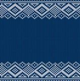 Gestrickte blaues Weihnachtsgeometrische Verzierung Winter nahtloser Knithintergrund Weihnachtsstrickjacken-Beschaffenheitsdesign stock abbildung