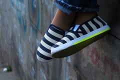 Gestripte schoenen Stock Fotografie