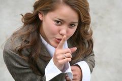 gesturing тихая женщина Стоковое Фото