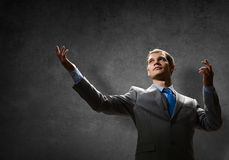 Gesturing businessman Royalty Free Stock Photos