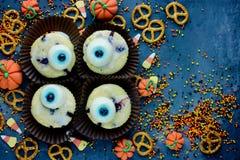 Gesunde Bonbons und Festlichkeiten Halloween-Hintergrundes für Kinder, lustiges O Lizenzfreies Stockfoto