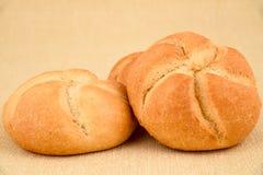 Gesunde Brotbrötchen mit Startwerten für Zufallsgenerator Stockfotografie