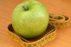 Gesunde Diät, zum des Sitzes zu halten Lizenzfreie Stockfotografie