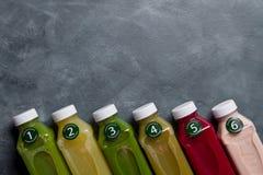Gesunde Ernährung, Getränke, Diät und Detoxkonzept Lizenzfreies Stockfoto