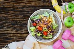 Gesunde Ernährung, nährend, Abnehmen- und Gewichtsverlustkonzept - Spitze Stockbilder