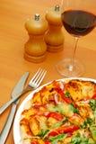 Gesunde italienische Pizza Lizenzfreie Stockfotos