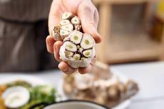 Gesunde Küche, Knoblauch in der Küche Stockfotografie