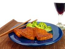 Gesunde Mahlzeit des Tofus und des Brokkolis Stockfoto