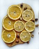Gesunde Nahrung und Zitrusfrucht lizenzfreie stockfotos