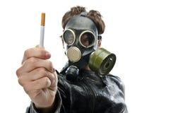 Gesunde Person des Portraits, die ablehnt zu rauchen Lizenzfreie Stockbilder