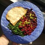 Gesunde Platte des strengen Vegetariers lizenzfreie stockfotos