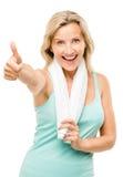 Gesunde reife Frau greift herauf das Zeichen ab, das auf weißem Hintergrund lokalisiert wird Lizenzfreies Stockbild