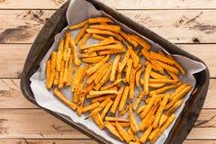 Gesunde Süßkartoffel, gebackene Fischrogen stockbilder
