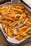 Gesunde Süßkartoffel, gebackene Fischrogen stockbild