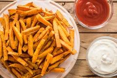 Gesunde Süßkartoffel, gebackene Fischrogen lizenzfreie stockfotos