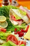 Gesunde Sommermahlzeit, gegrilltes c Stockfotografie