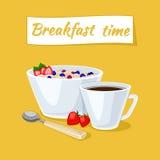 Gesunder Frühstück Hafermehlbrei in der Schüssel mit Beeren und Erdbeeren Heißer Kaffee stock abbildung