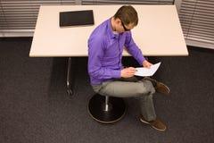 Gesunder Lebensstil in der Büroarbeit Stockbild