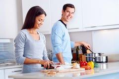 Gesunder Nahrungsmittelkoch Stockbilder