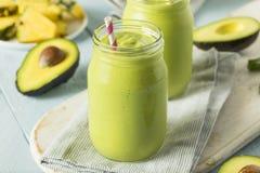 Gesunder selbst gemachter Avocado Smoothie lizenzfreie stockfotografie