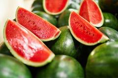 Gesundes biologisches Lebensmittel Wassermelonenscheiben Nahrung, Vitamine Franc stockbilder