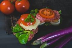 Gesundes, buntes Jahreszeitlebensmittel Stockfotos