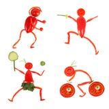Gesundes Essen Kleine lustige Leute gemacht vom Gemüse und von der Frucht Stockfotos