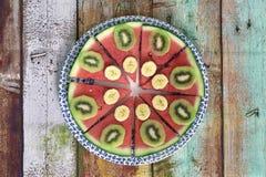 Gesundes Frühstück von natürlichen Früchten lizenzfreies stockfoto