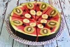 Gesundes Frühstück von natürlichen Früchten stockbild