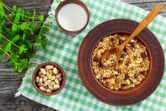 Gesundes köstliches Frühstück - Teil selbst gemachtes Granola Stockbilder